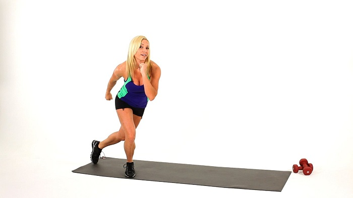 13 ways to jump like a skater to work the whole body