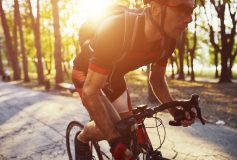 Back pain in cyclists: These are the most frequent causes and so you can solve them