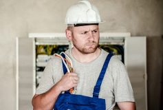 Four reasons to hire an electrician