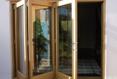 How Bifold Doors can be used to accentuate the colour of your home